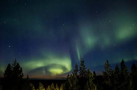 Aurora borealis and starry sky. Photo: Juha Kaipainen