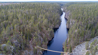 Julma-Ölkky Canyon lake. Photo: Hannu Huttu.