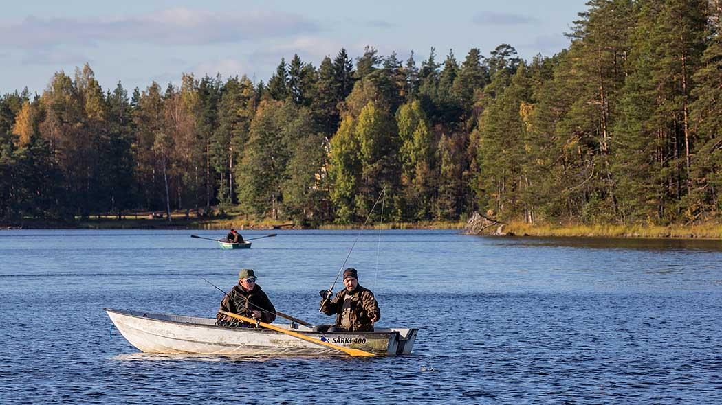 Fiske i Tyko nationalpark. Bild: Jari Kostet