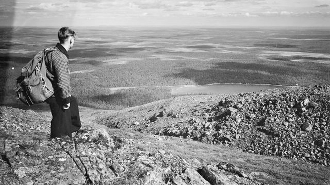 A hiker in the Pallastunturi Fells in 1938. Photo: Otso Pietinen, collections of the National Board of Antiquities.