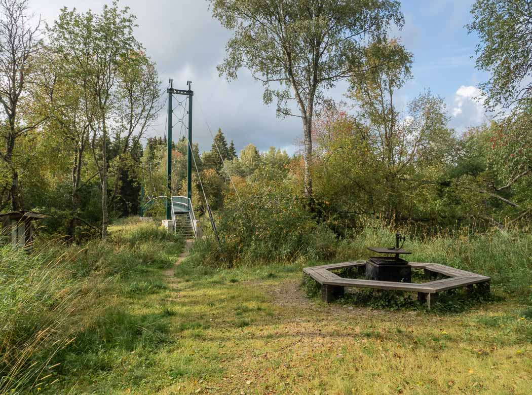 Eldplatsen vid Tjöckbron, Tegelbruksbacken. Bild: Tuija Warén.
