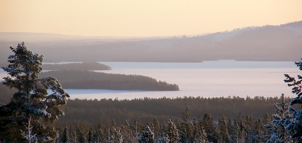 One of the magnificent views from Riisitunturi to surroundings. Pekka Veteläinen.