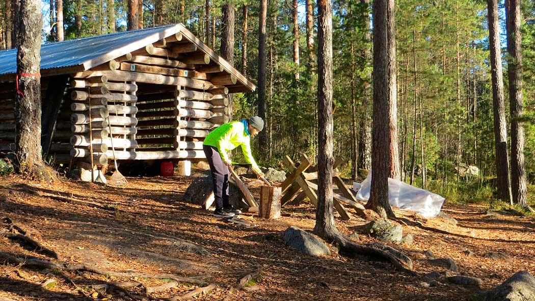 Holma-Saarijärvi's campfire site at Korpinkierros Trail. Photo: Laura Lehtonen.